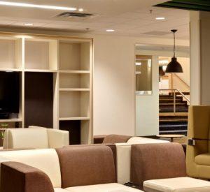 holiday-inn-hotel-and-suites-atlanta-3492172908-16x5